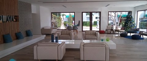 24 hours reception Dos Playas Beach House Hotel